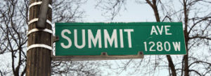 Summit Ave Sign